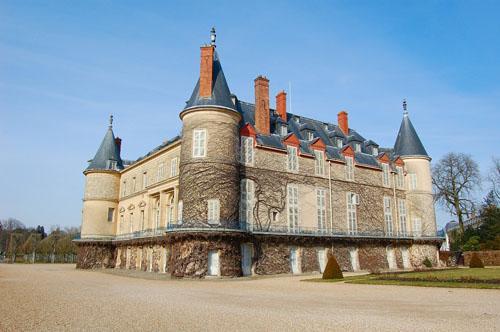 巴黎周边浪漫古堡之旅