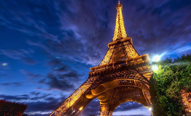 埃菲尔铁塔,巴黎圣母院